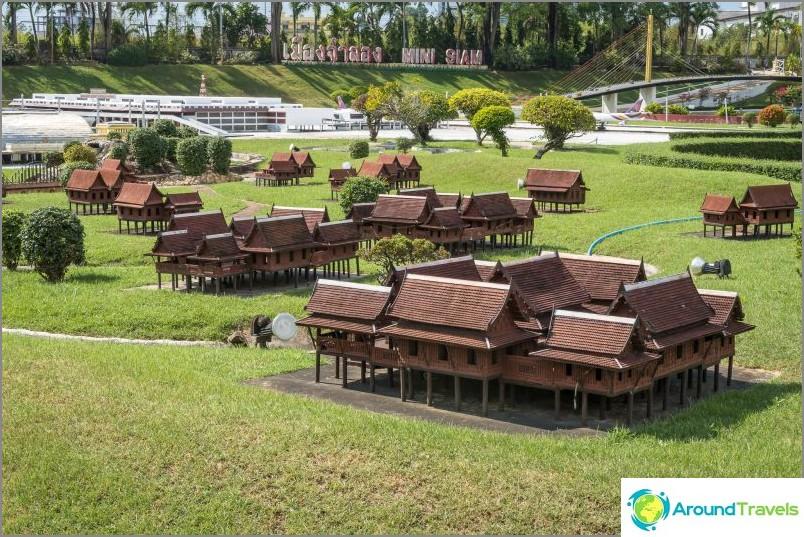 Модели на традиционни тайландски къщи