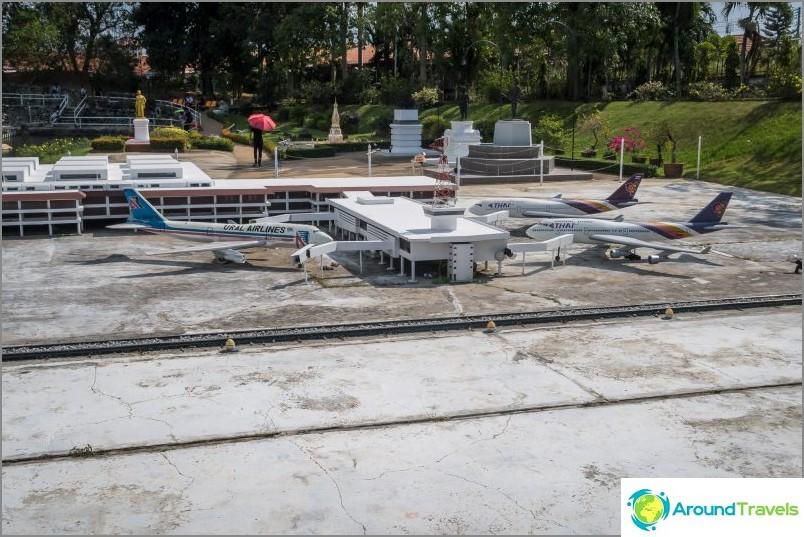 Разположение на летището Дон Муанг в Банкок