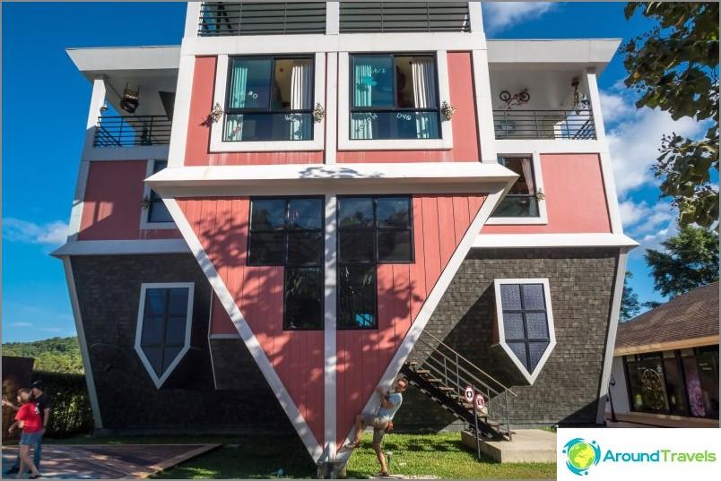 Talo ylösalaisin Phuketissa
