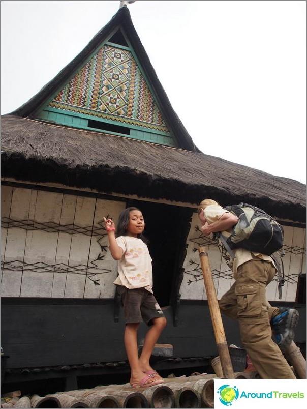 Siirry perinteiseen Karo Dokan -kylään