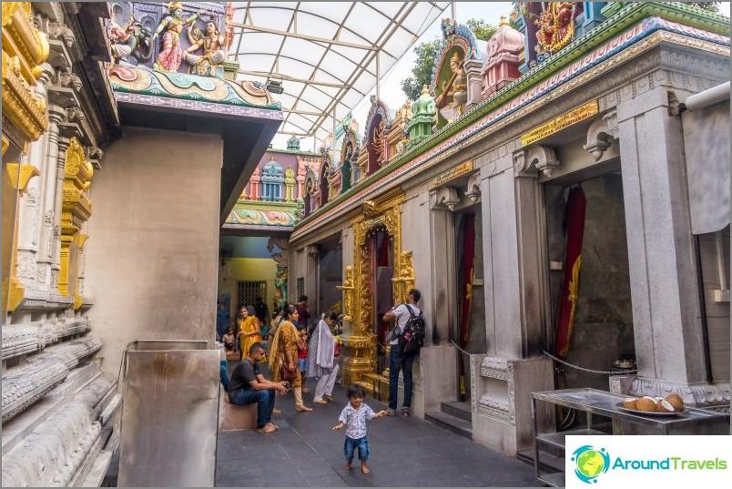 Sri Veeramakaliamman -temppeli Singaporessa - Pikku-Intia -kortteli