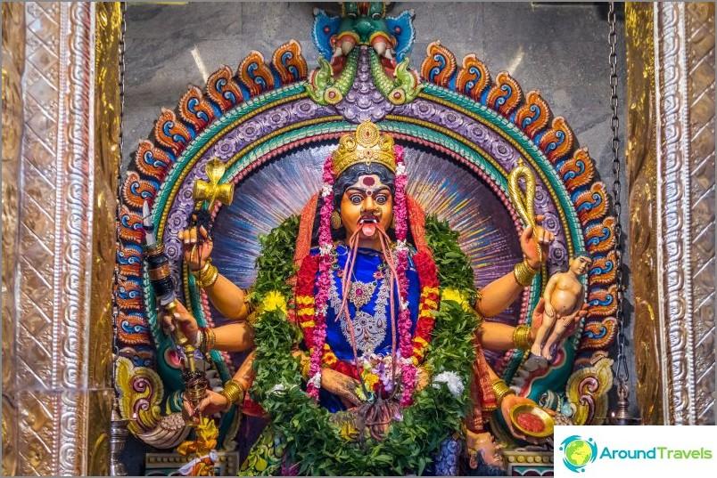Kali-jumalattaren patsas