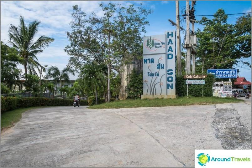 Käänny päätieltä Haad Son Resortiin