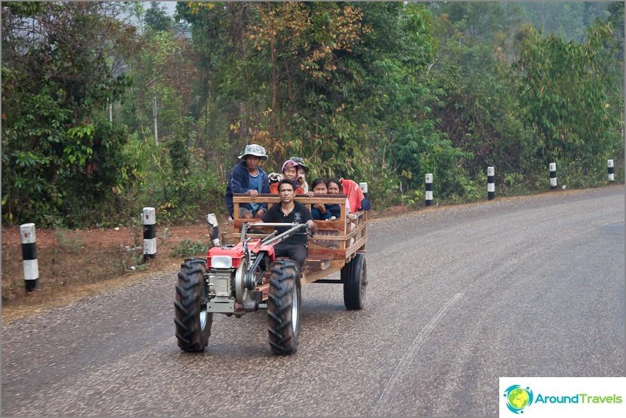 По пътищата на Лаос