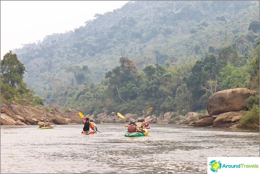 От Vang Vieng до Ventiane от Kayak