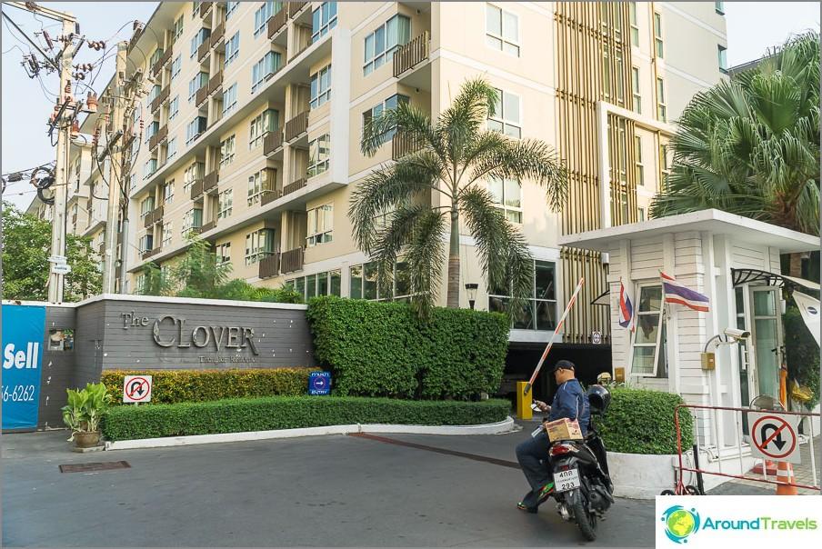 Huoneisto Cloverissa