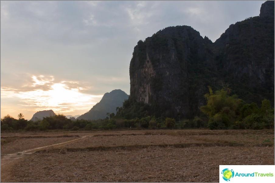 Vang Viengin naapurusto