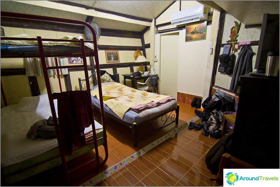 Huone 450 bahtia päivässä