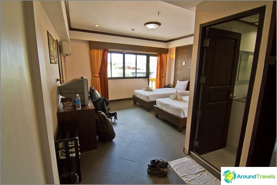 Royal Express Hua Hin -hotelli