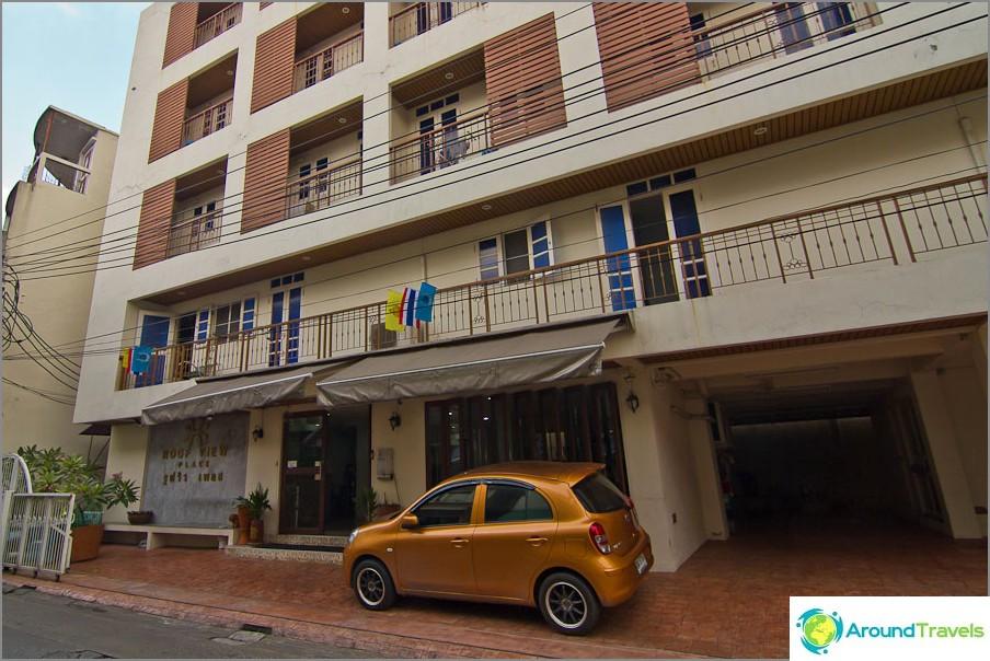 Halpa hotelli Bangkokissa, Khaosan - Roof View Palace