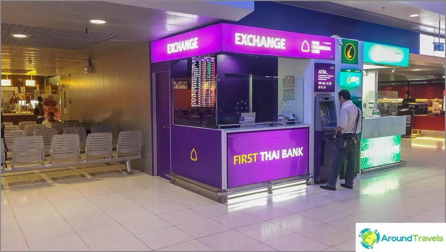 Valuutanvaihto Bangkokin lentokentällä