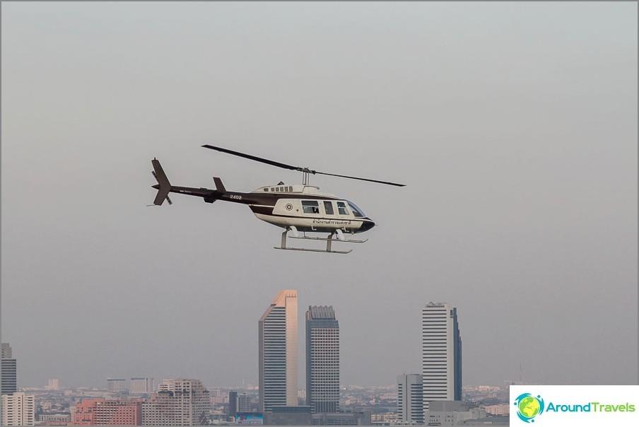 A volte gli elicotteri volano