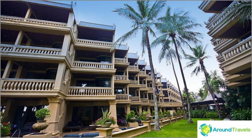 Kata Beach Resort ja kylpylä