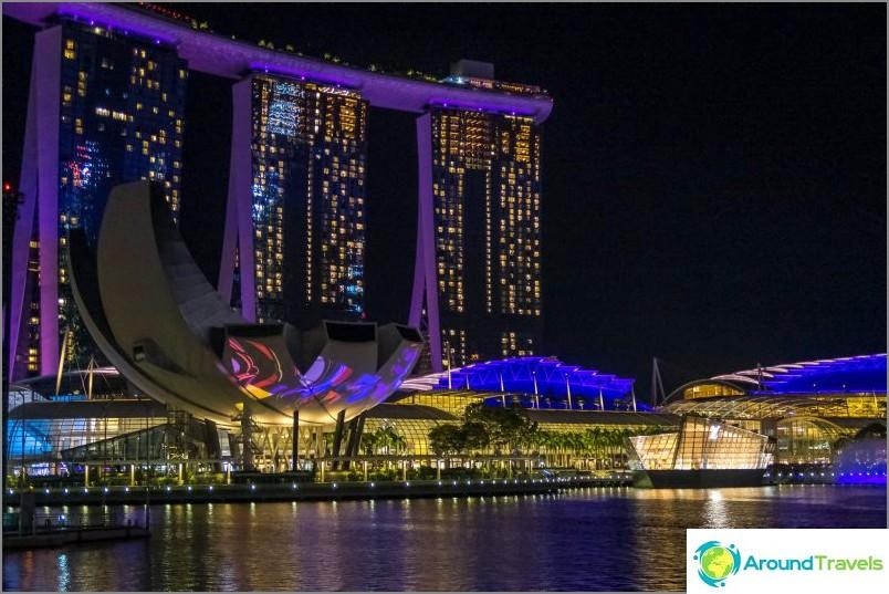 Marina Bayn promenadilla on lasershow