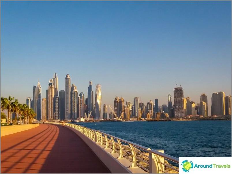 Raportti Yhdistyneiden Arabiemiirikuntien kiertueesta - kuinka matkustin halvalla ja viileästi Emiraateihin