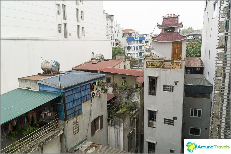 Изглед на прозореца на Ханой