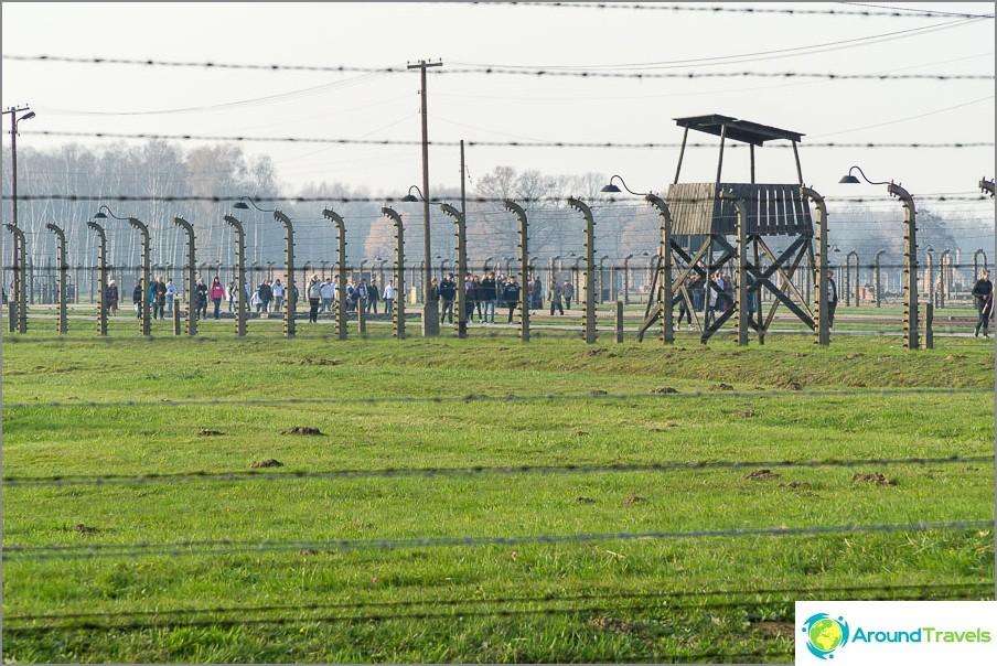 Auschwitz-Birkenaulla on valtava alue