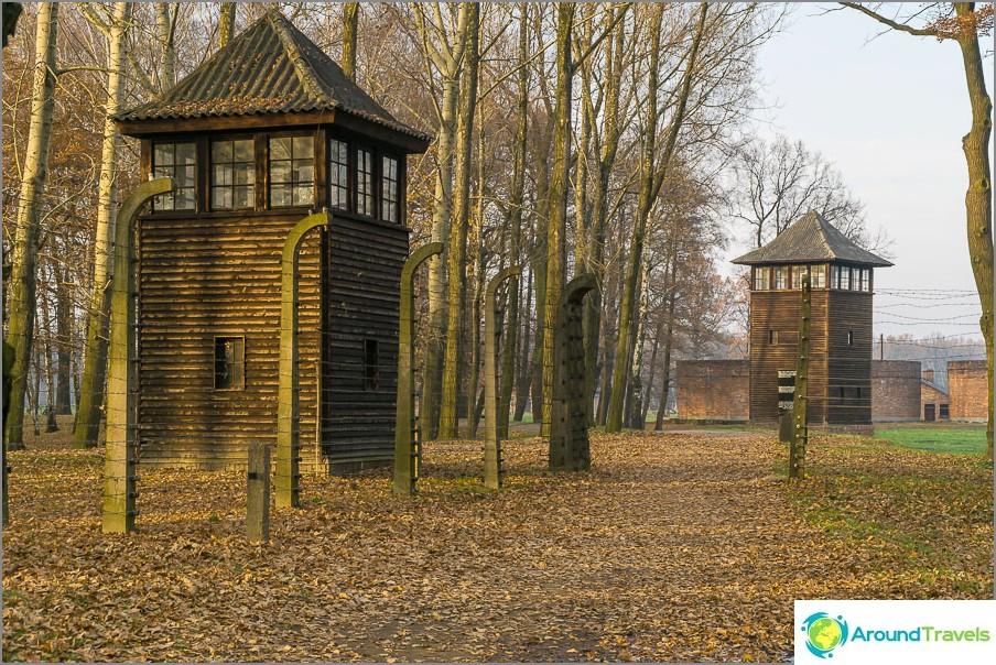 Auschwitz-Birkenaun laitamilla