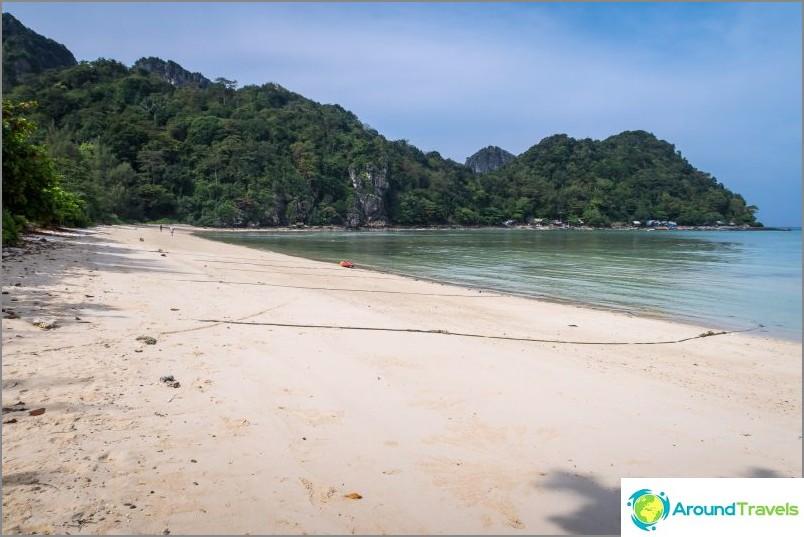 Lo Lanan ranta Phi Phi Donilla - autio ranta