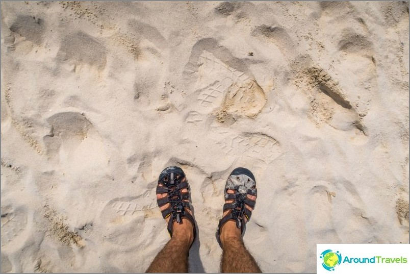Lo Dalumin ranta Phi Phi Don -saarella on pisin, mutta ei paras