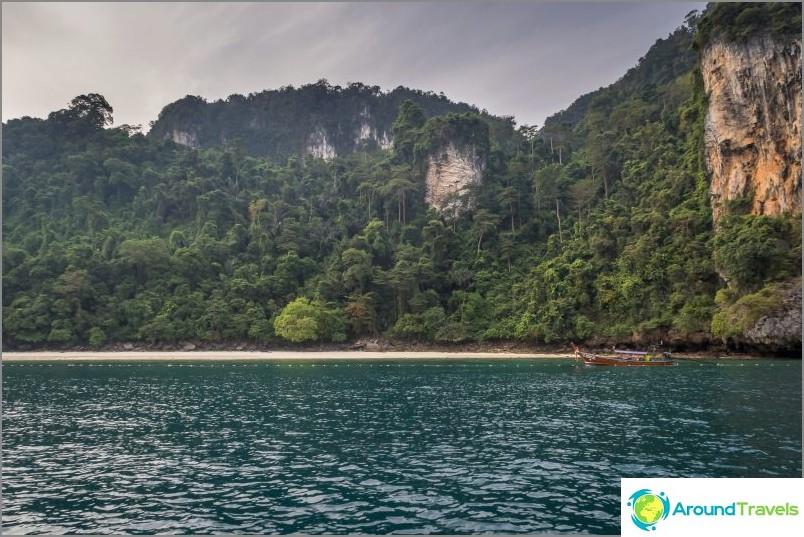Apinan ranta, Phi Phi Don -saari
