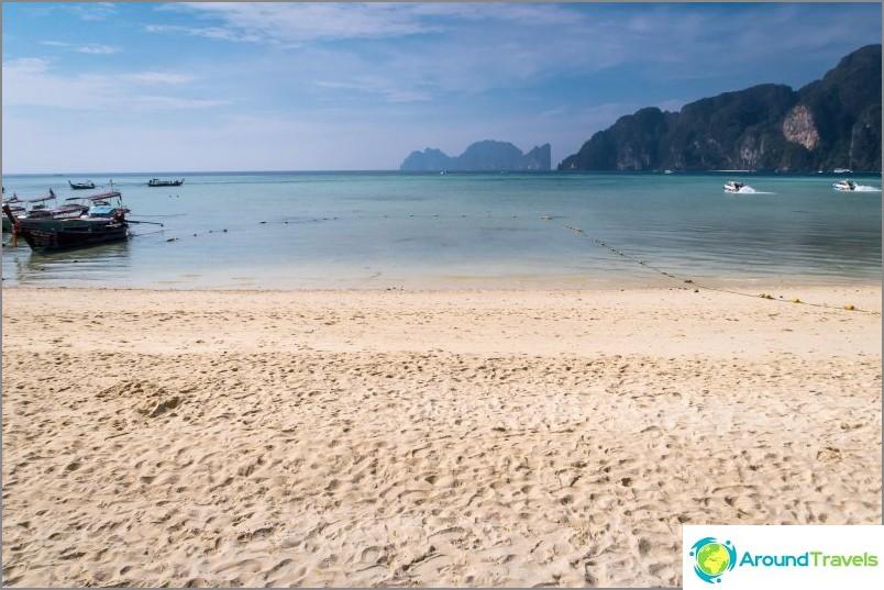Thon Sai Beach - Phi Phi Don -saaren pääranta