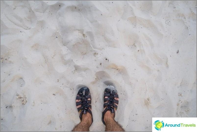 Kauempana vedestä hiekasta tulee erittäin miellyttävä