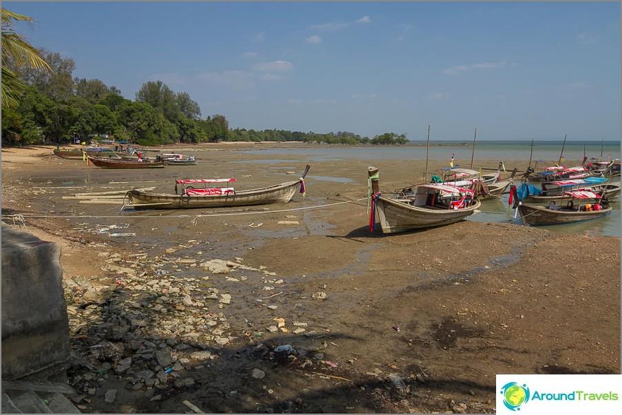 Плаж Ao Nam Mao - не за плуване, а за съзерцание