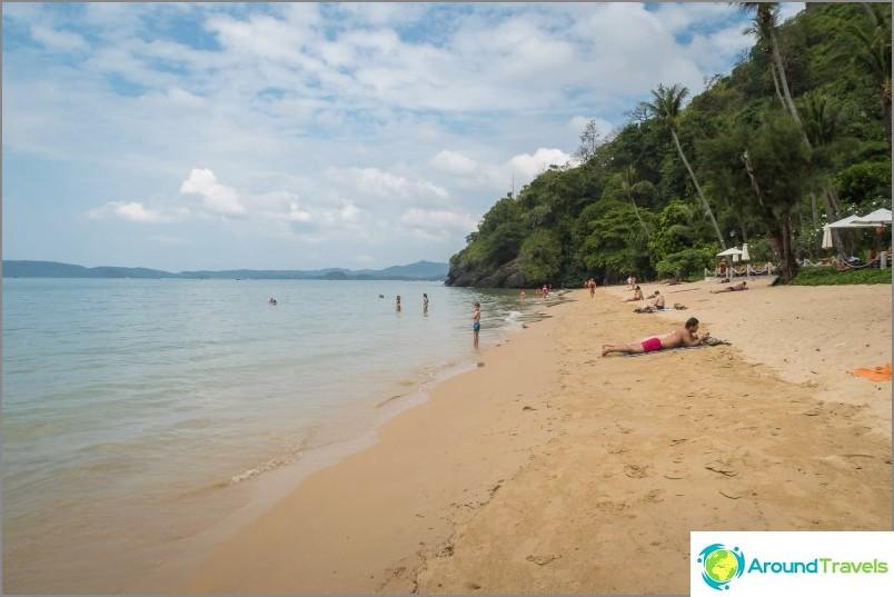Pai Plong, näkymä oikealta. Niemen takana - Ao Nangin ranta
