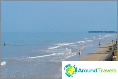 Плажът Bang Niang е най-добрият в Khao Lak