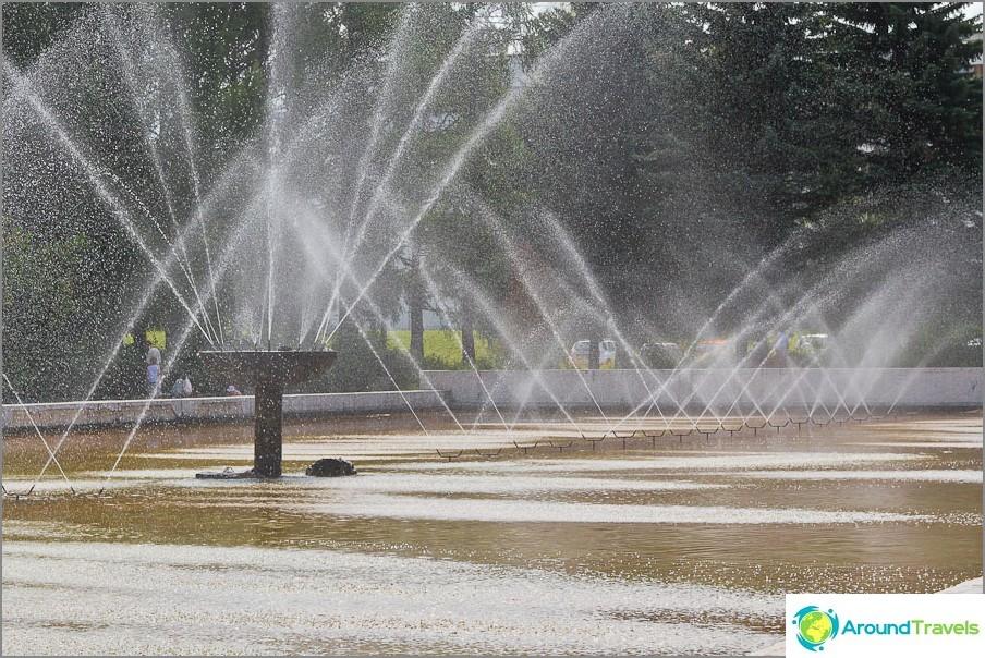 Pushchinon keskustassa on suihkulähde