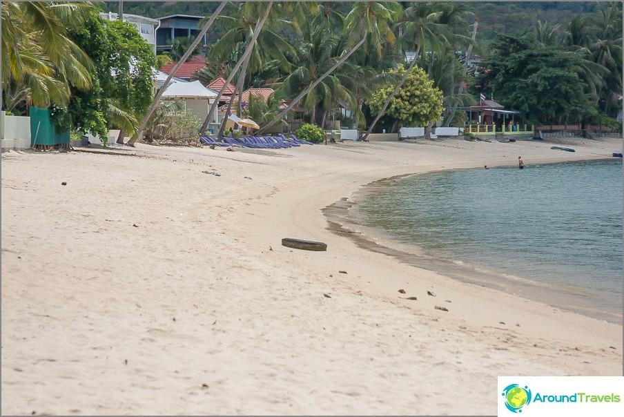 на-добрия-RAK-плаж-гръм и трясък РАК-плажни-рибарски лодки-малко море-02