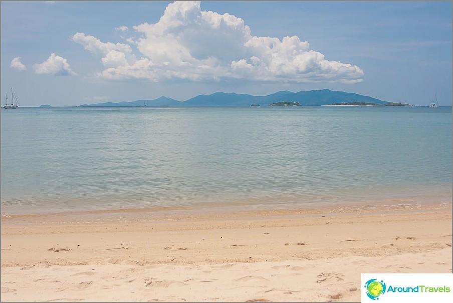 на-добрия-RAK-плаж-гръм и трясък РАК-плажни-рибарски лодки-малко море-06