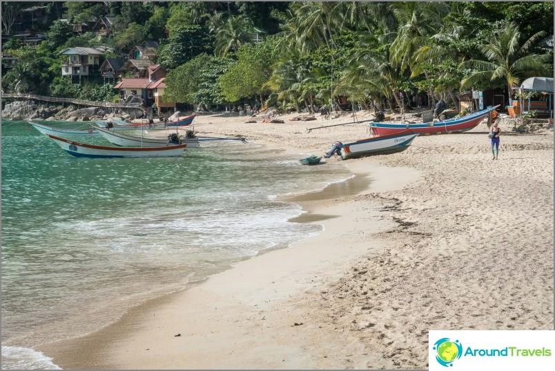 След 10:00 ч. Плажът изобилства от longtail