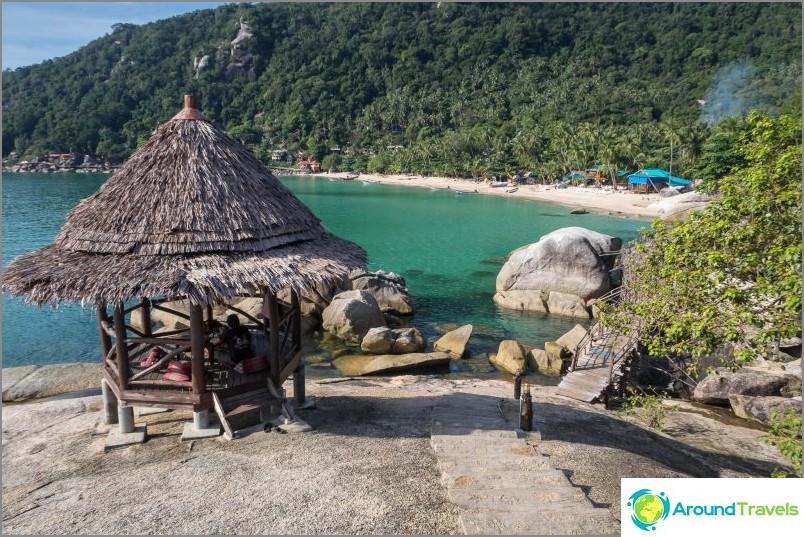 Култовата сала, принадлежаща на бар Bambu Hut
