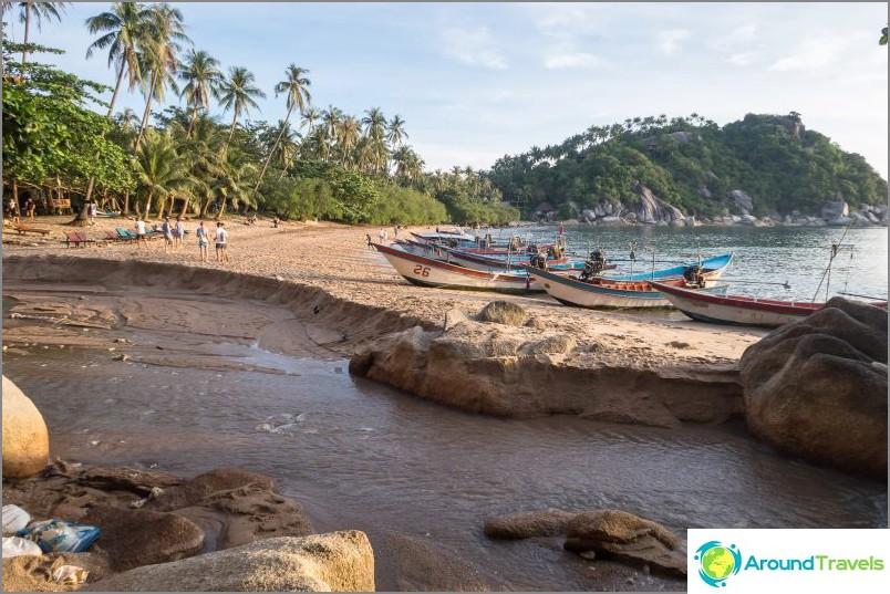 В сезона на дъждовете тя измива нафиг 20 метра плаж