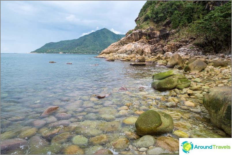 Ao Hin Ngam Beach - плаж с разрушени кости