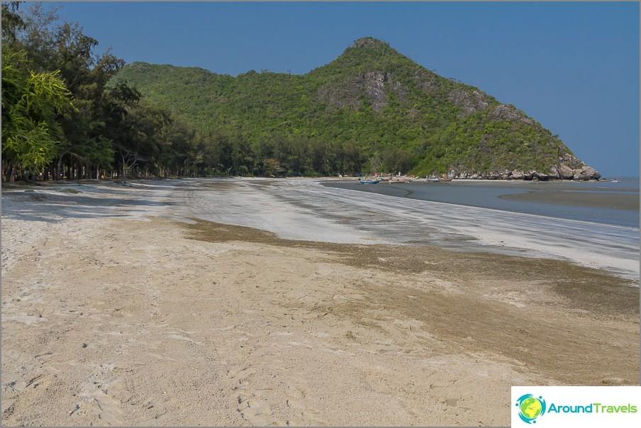 the-beach-sé-praia-sam-Phraya-beach-02