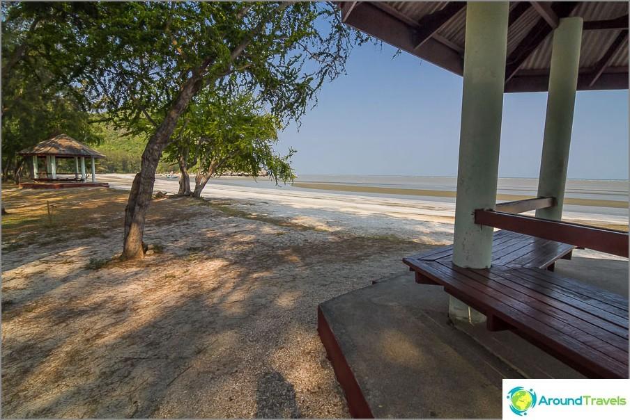 the-beach-sé-praia-sam-Phraya-beach-04