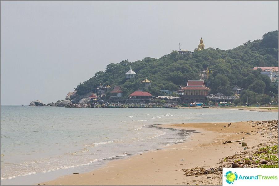 beach-tao-o-turtle-vicino-mountain-Khao-tao-03