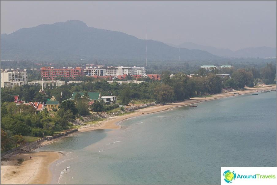 beach-tao-o-turtle-vicino-mountain-Khao-tao-10