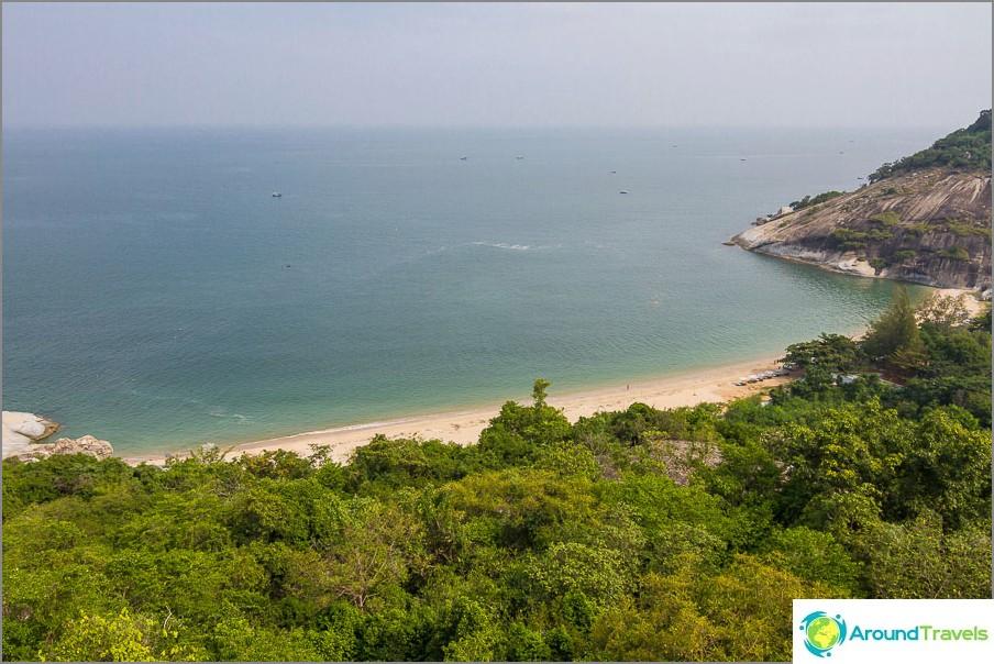 the-beach-sai-noi-sai-noi-beach-best-hua-hin-03