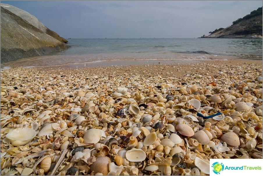 the-beach-sai-noi-sai-noi-beach-best-hua-hin-06