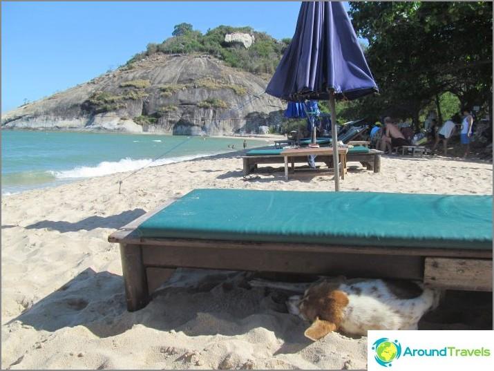 the-beach-sai-noi-sai-noi-beach-best-hua-hin-01
