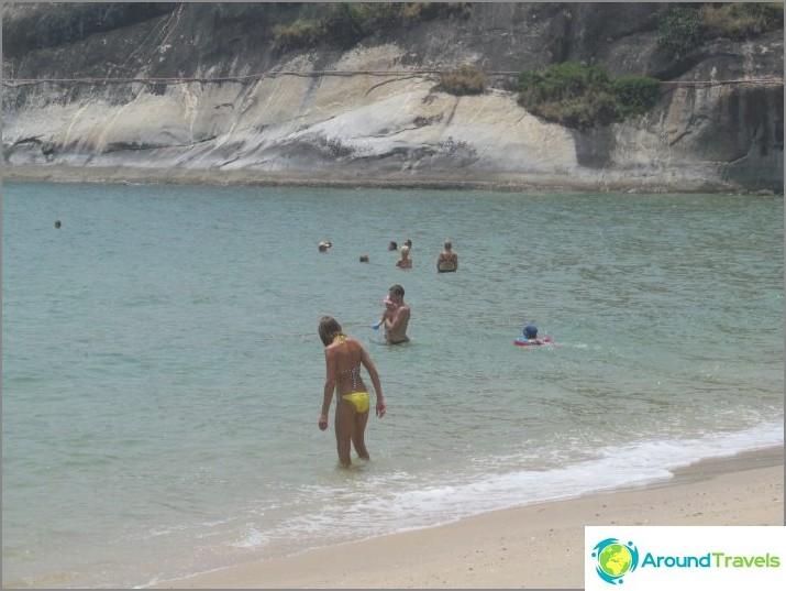 the-beach-sai-noi-sai-noi-beach-best-hua-hin-02
