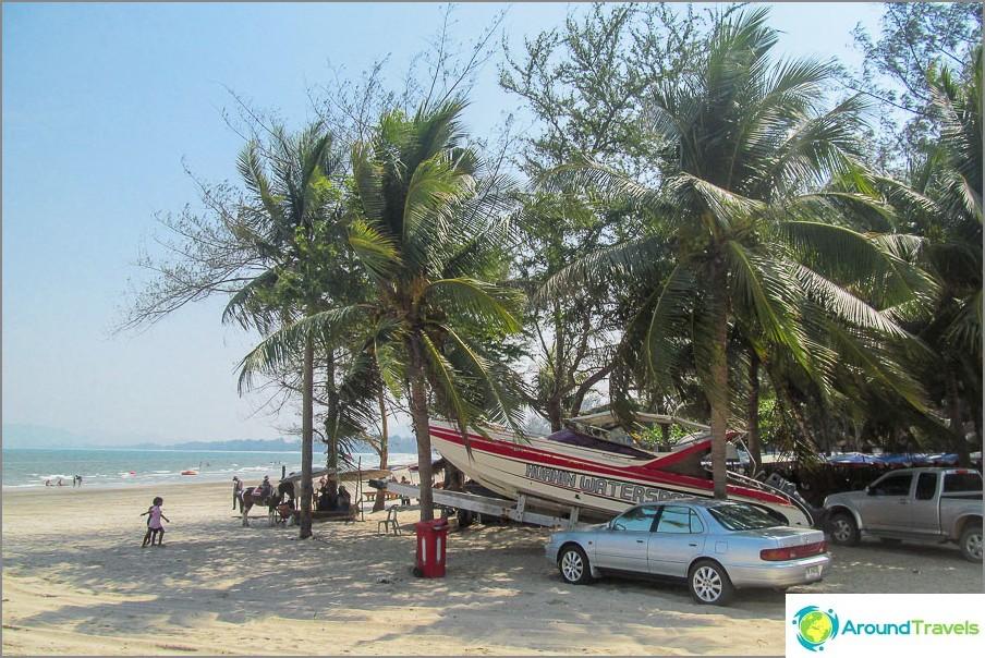 на-takiab-плаж-thakiab-плаж-не-претъпкан-и-близо до Хуа-ин-05