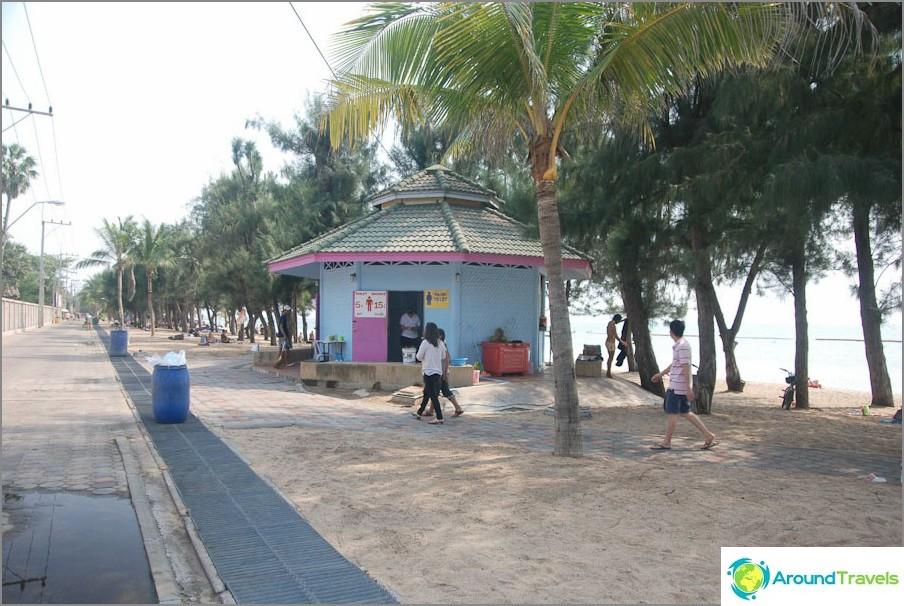 Costruire con doccia e servizi igienici a Dongtan