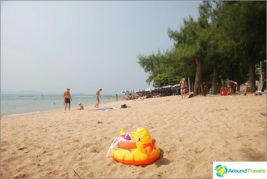 Trama di spiaggia senza ombra