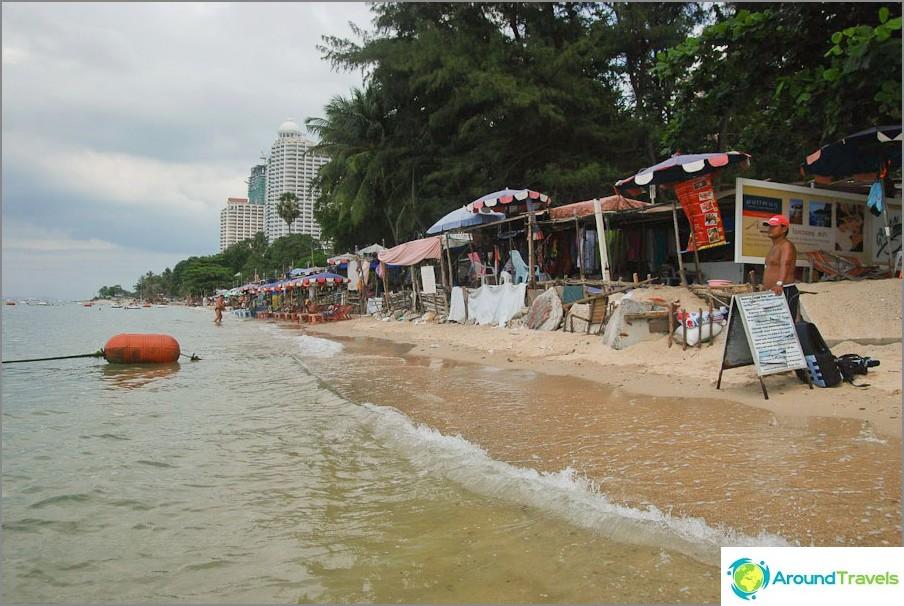 Wongamat Beach Mall