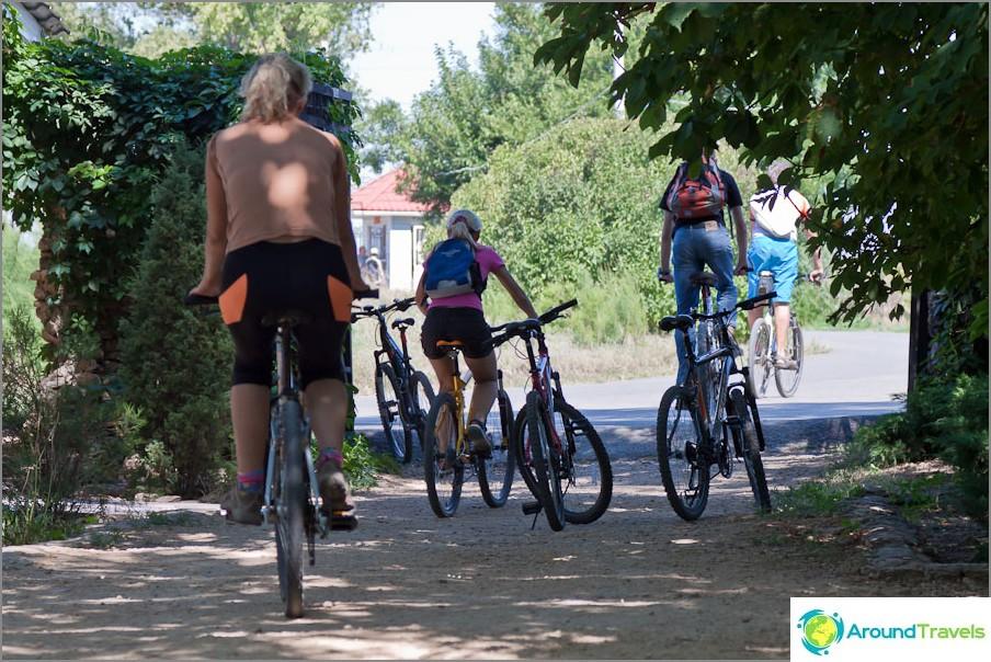Pyöräilijät Rostovista